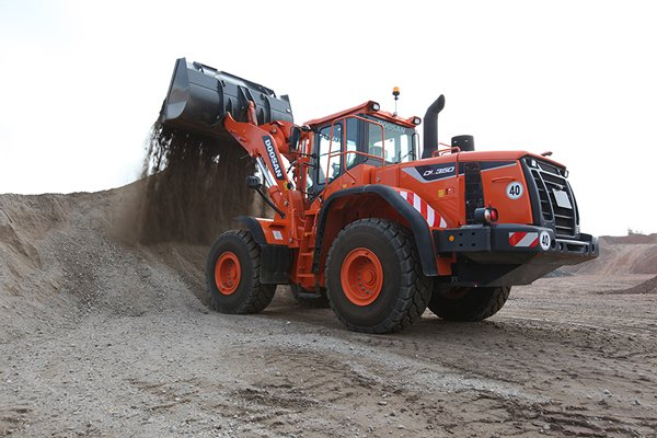 MNS Doosan-Wheel-Loader-DL350-5-Material-handling-1.JPG_Interflow - JPG - Fit to Box_600_500_true